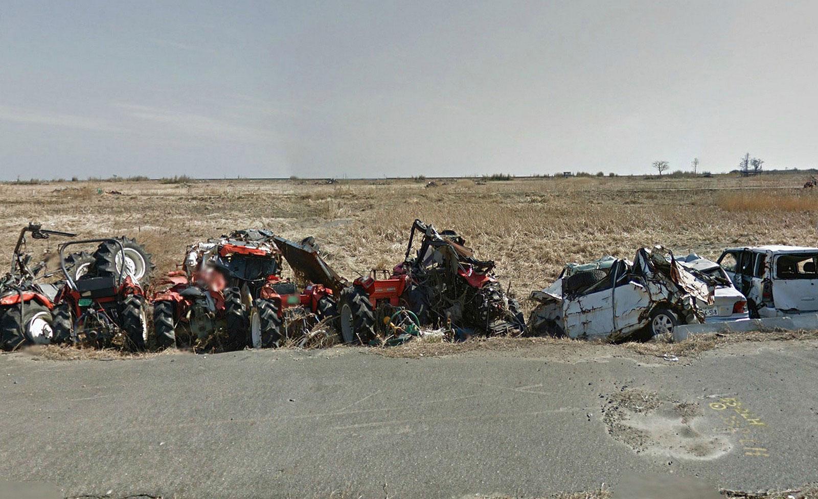 Сломанные трактора