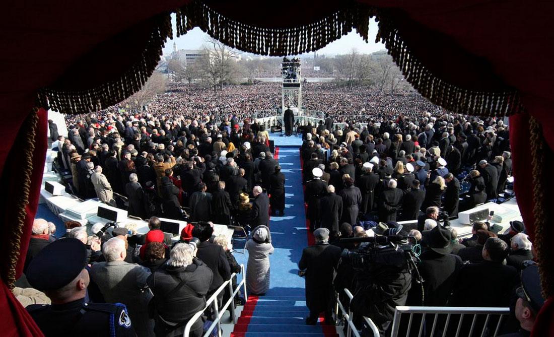 Барак Обама произносит торжественную речь, фото США