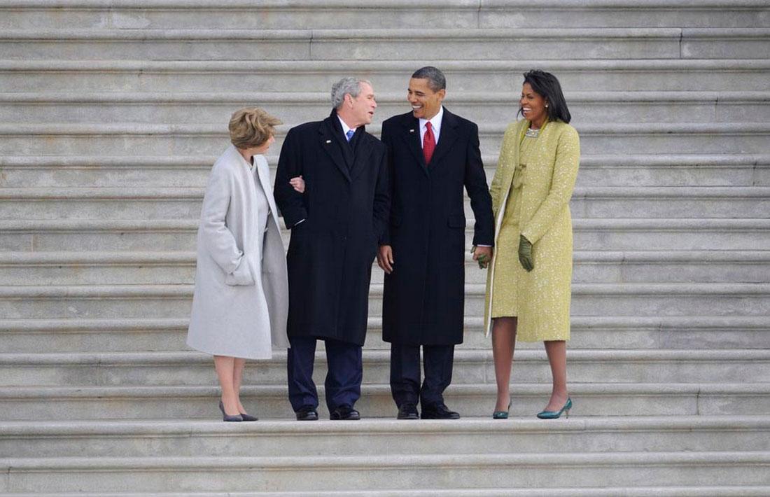 Барак Обама и его жена Мишель с четой Бушей, фото США