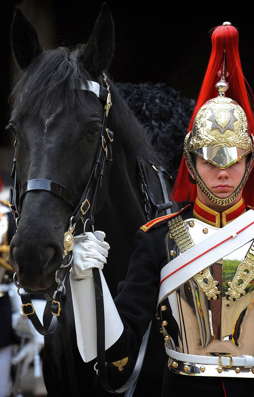 английские гвардейцы – контрактники, интересные фото