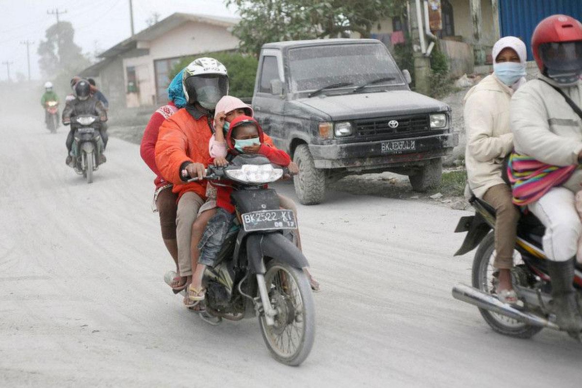 Люди на мотоциклах