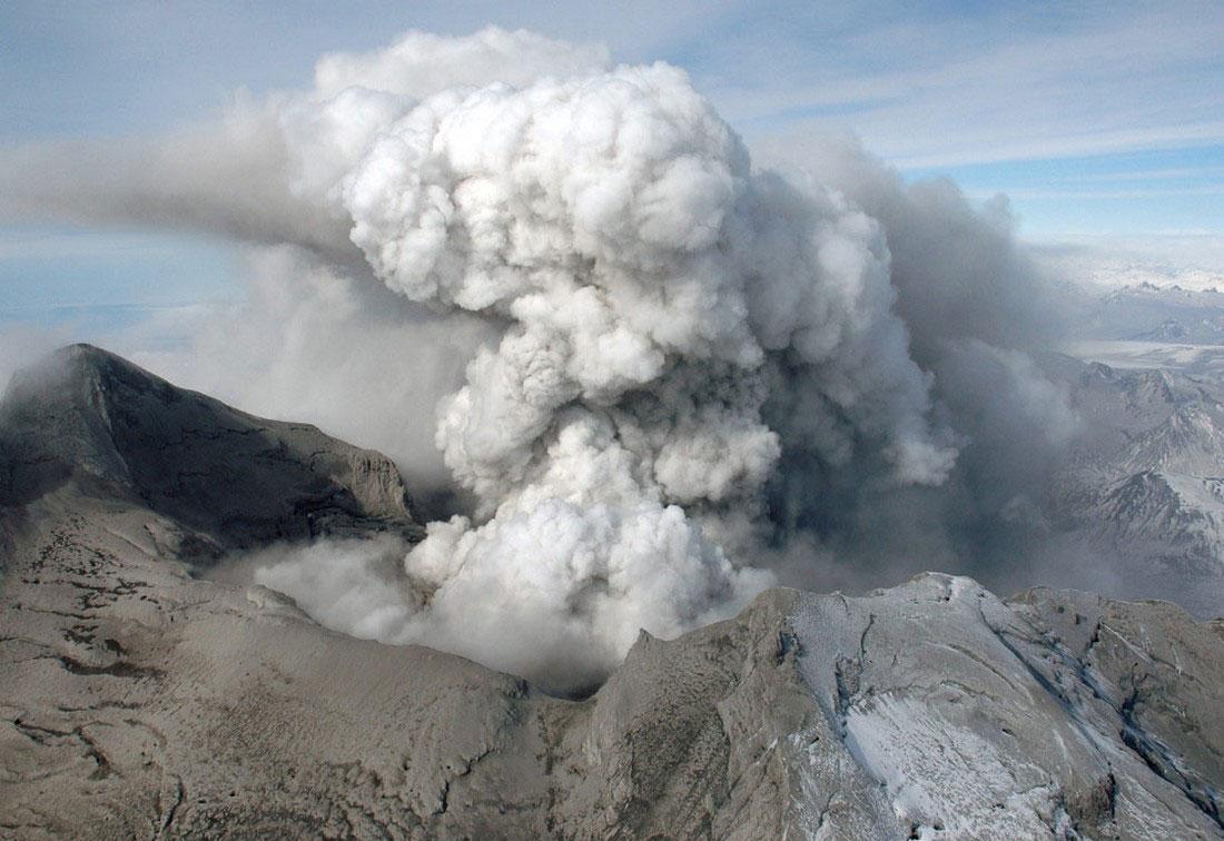 фото кратера вулкана, фото с Аляски