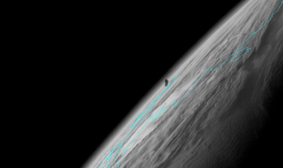 вулкан заснят со спутника, фото с Аляски