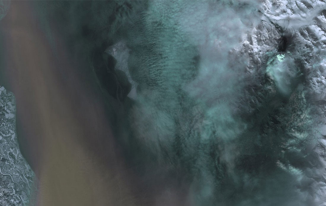 извержение вулкана на Аляске, фото