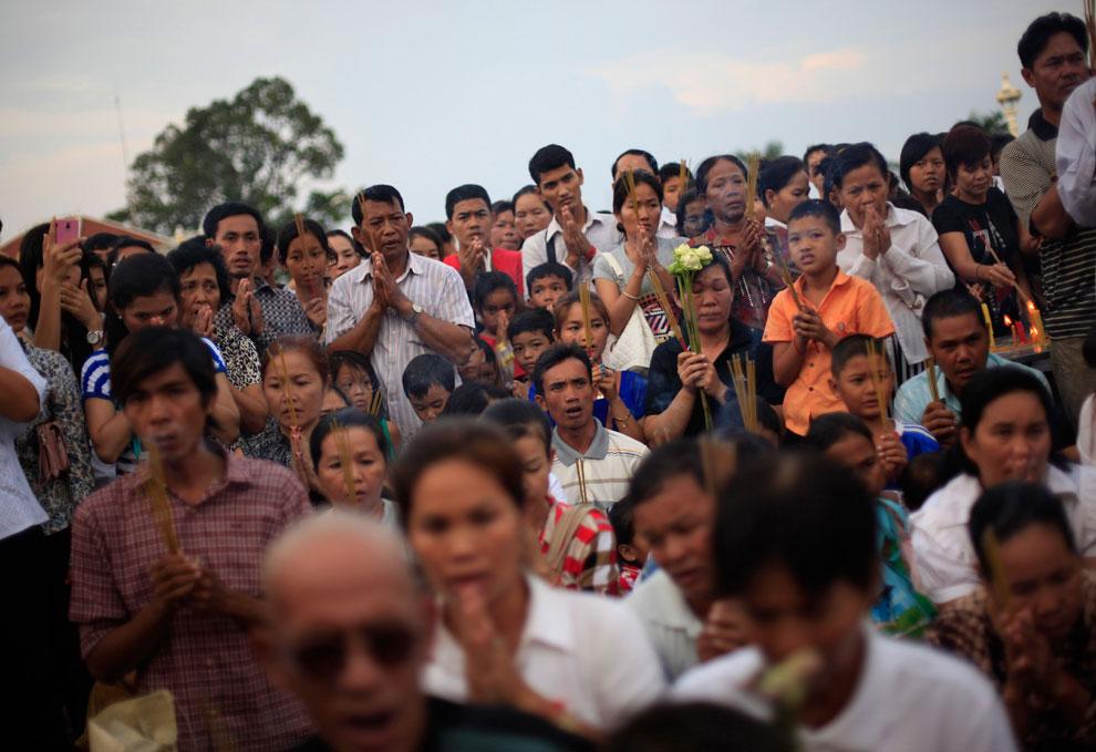 камбоджийцы в Пномпене, фото