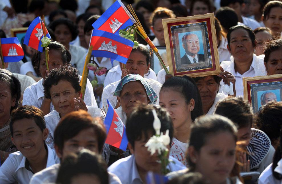 Тело Сианука доставили из Китая, Камбоджа, фото