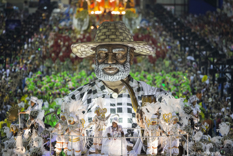 шествие в Самбадроме
