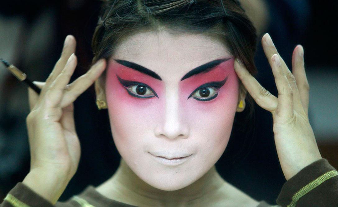 Пекинская оперная певица, фото