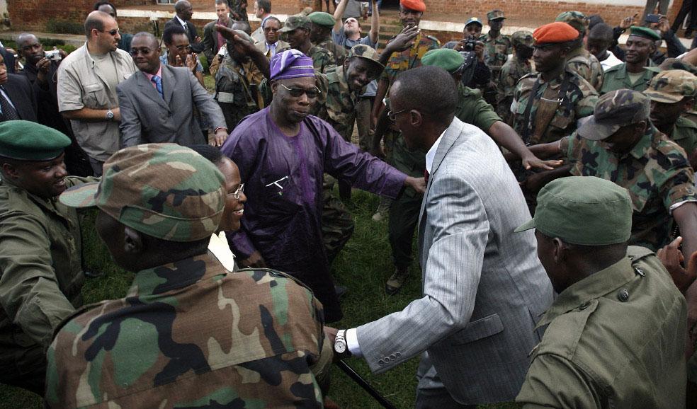 Олусегун Обасанджо и лидер повстанцев Лоран Нкунды, Конго, фото