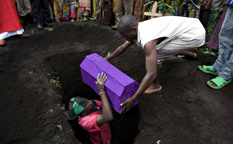 дети умирают от холеры, Конго, фото