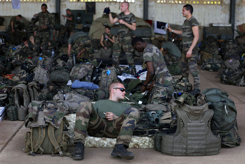 в аэропорту Бамако, фото Мали