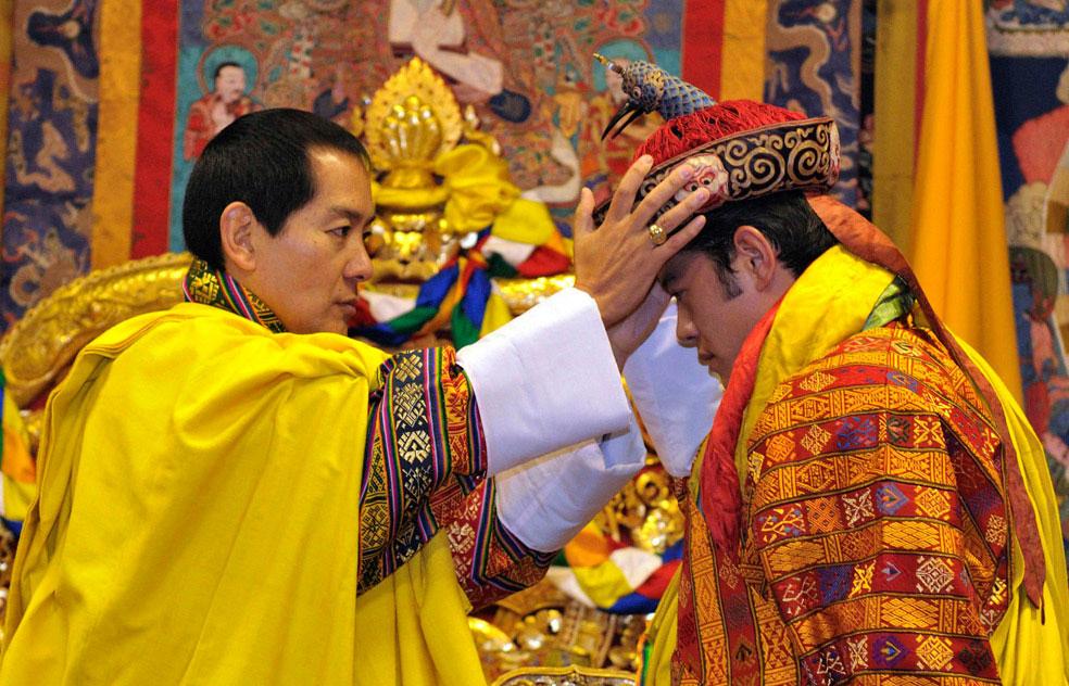 Джигме Вангчук Кхесар Намгьел в тронном зале, Бутан, фото