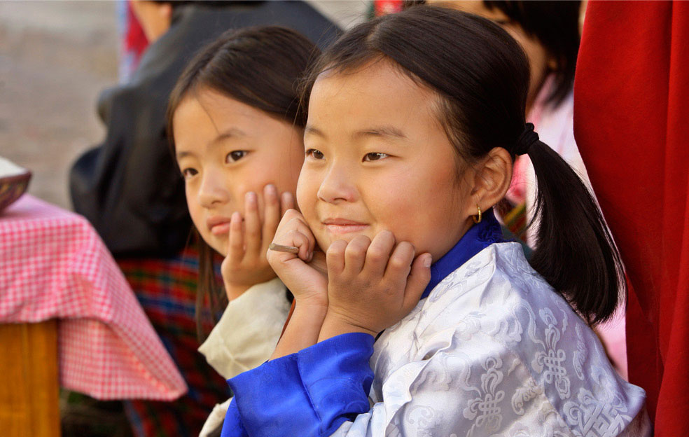 Дети на церемонии коронации, Бутан, фото