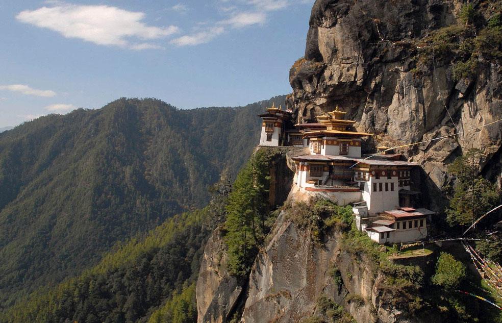 Монастырь в Бутане, фото