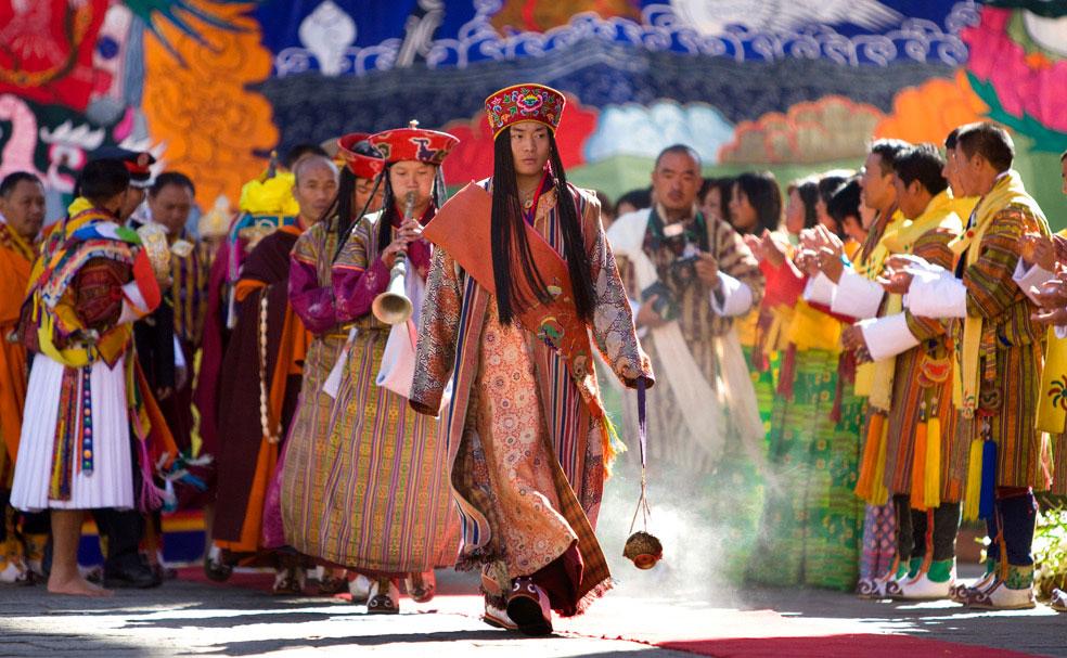 Королевская процессия в Тхимпху, Бутан, фото
