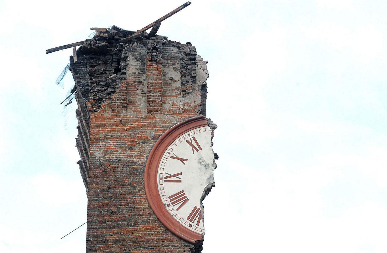 итальянская башня Modenesi, фото