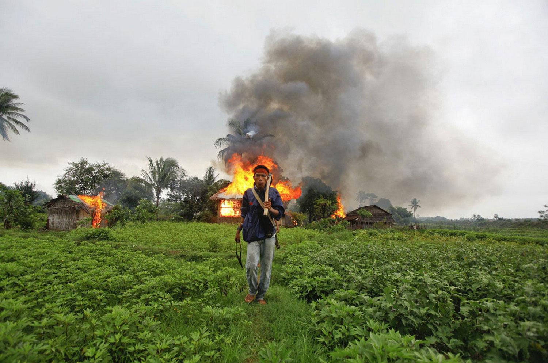 поджог домов, фото