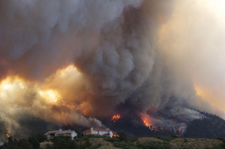фото пожара в Колорадо-Спрингсе