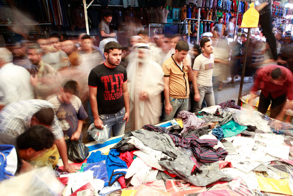 на рынок за новой одеждой, фото Курбан-байрам