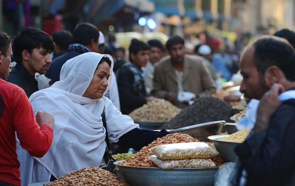 сухофрукты на центральном рынке, фото Курбан-байрам