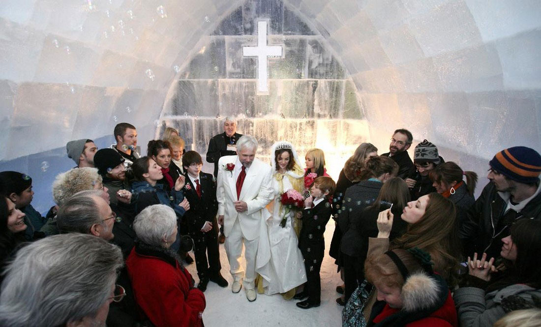 свадьба в часовне изо льда, фото