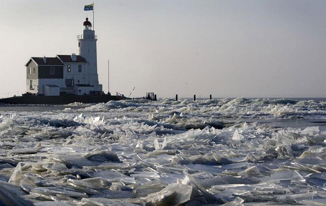 маяк во льдах, фото