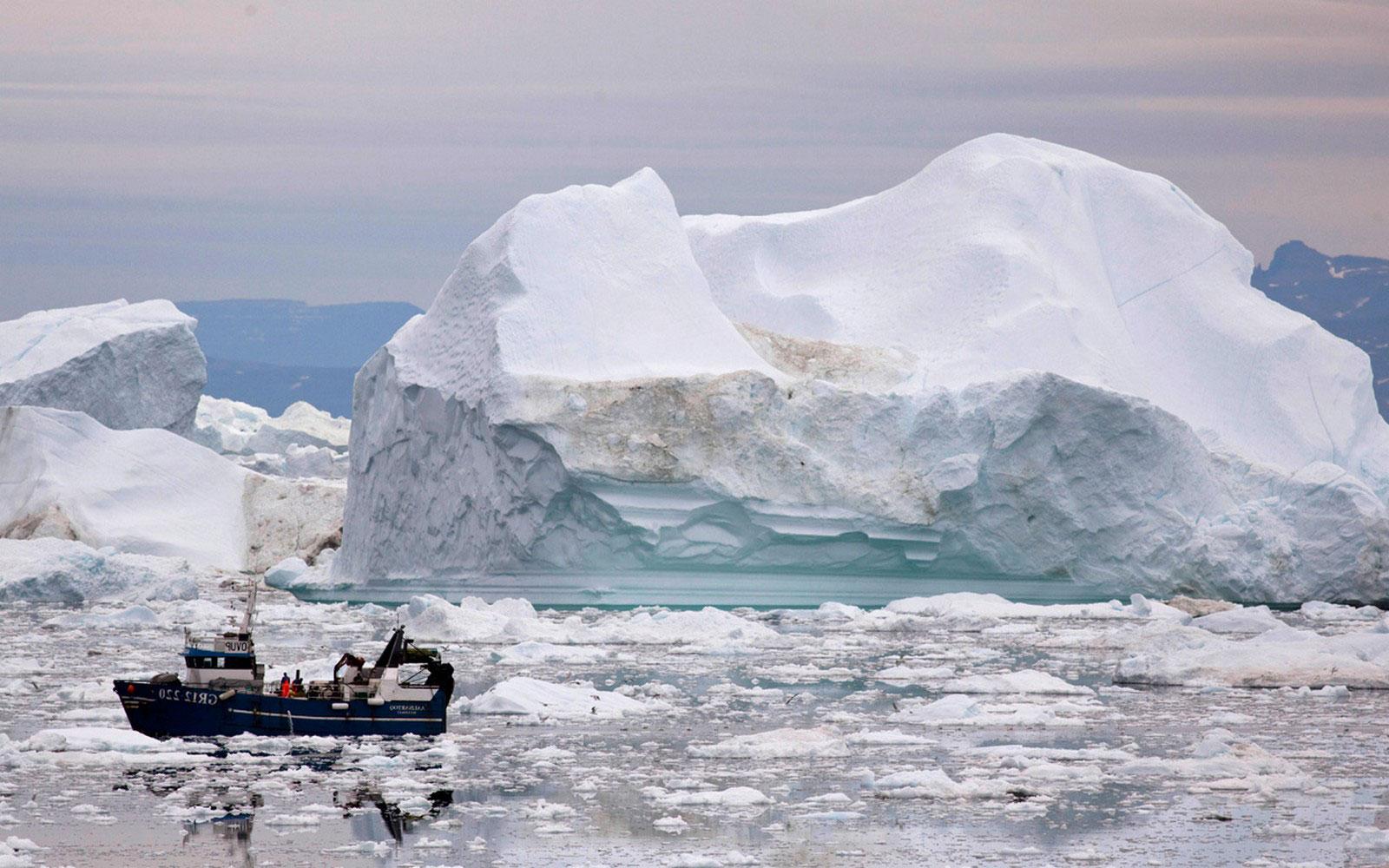Рыбацкая лодка, фото