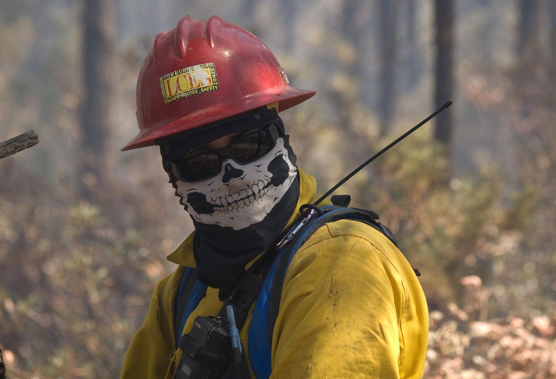 борьба с очагами возгорания, фото лесных пожаров