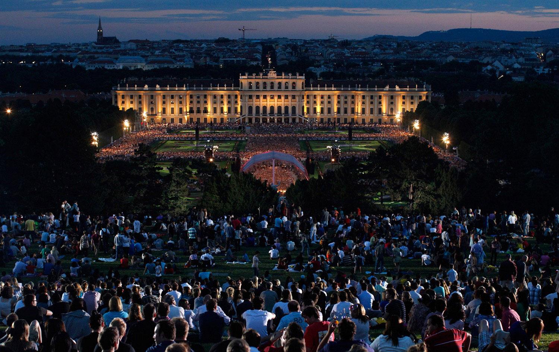концерт летним вечером в Вене, фото