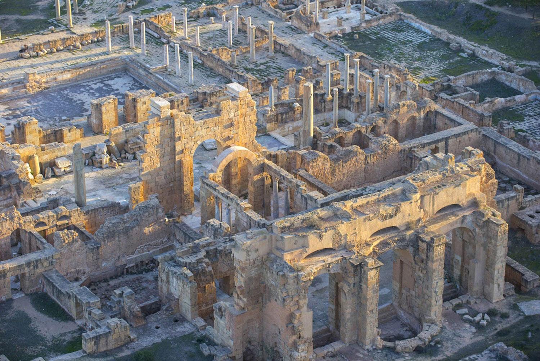 Руины города Лептис-Магна