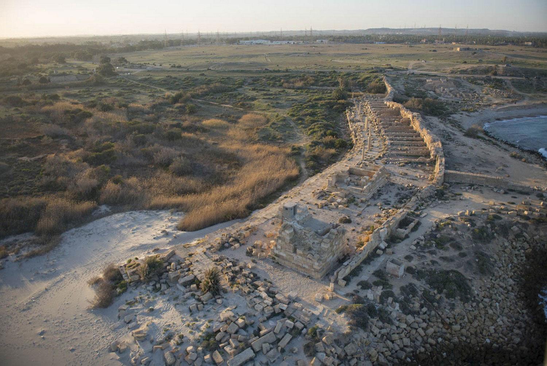 Руины волнореза