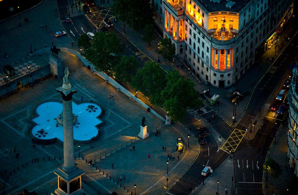 Колонна Нельсона на Трафальгарской площади, Лондон, фото