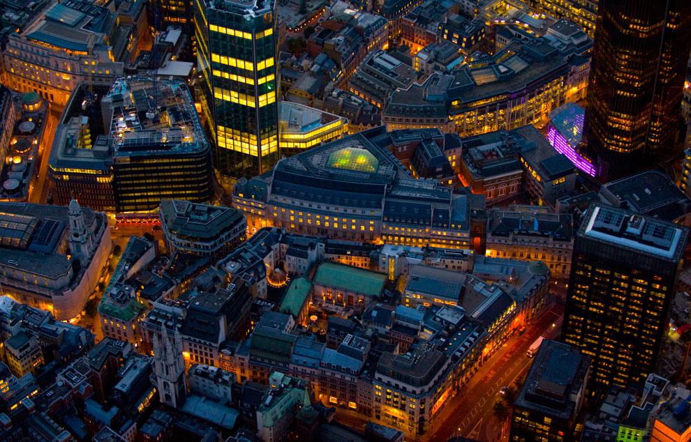 Башня фондовой биржи, Англия, фото