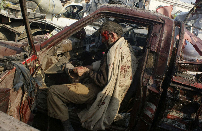 взрыв бомбы в Пакистане, фото