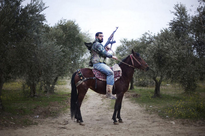 Солдат сирийской повстанческой армии