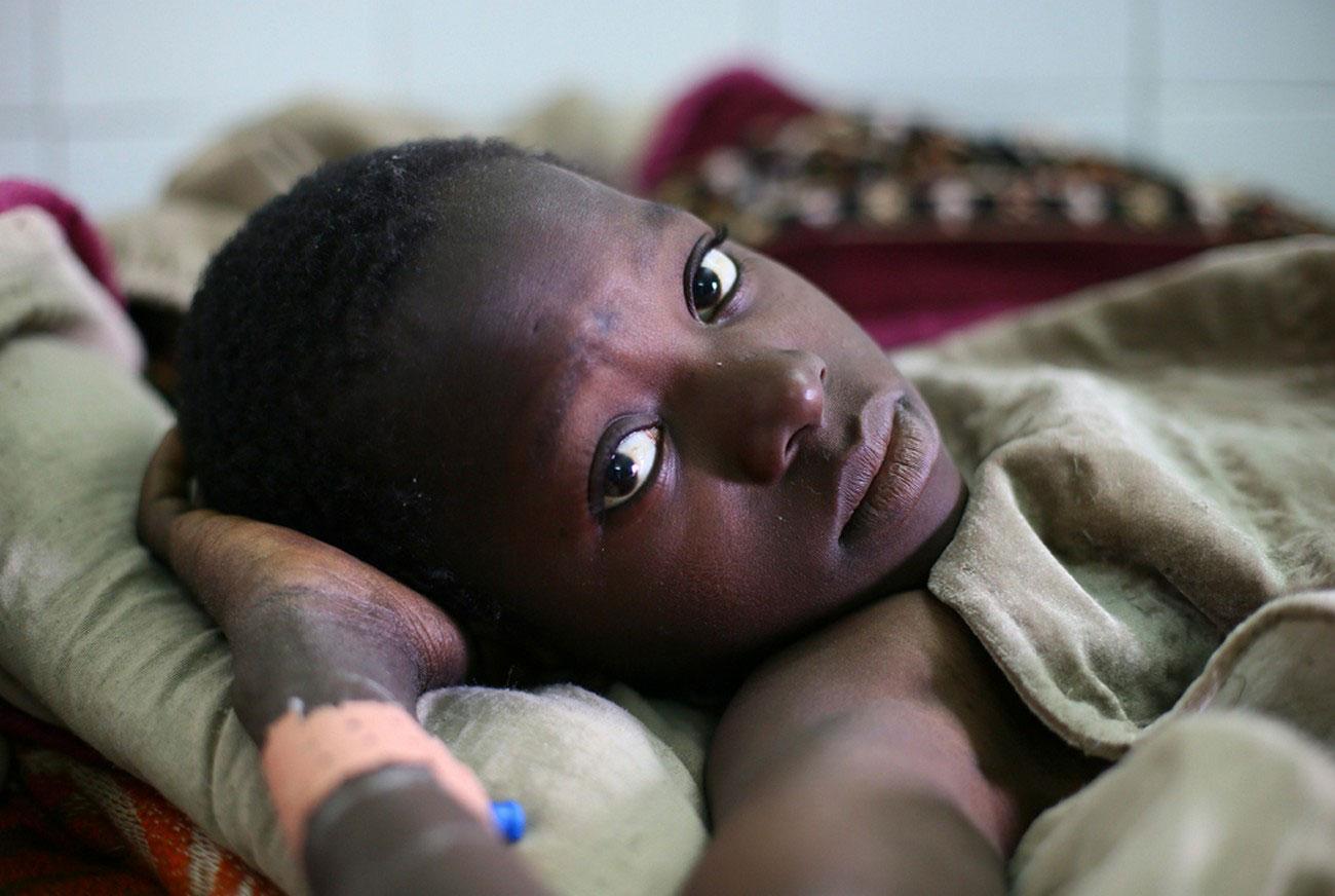 раненый ребенок, фото Мали