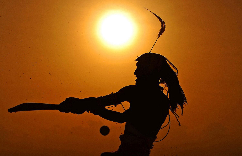 Игрок крикетной команды из племени масаи, фото