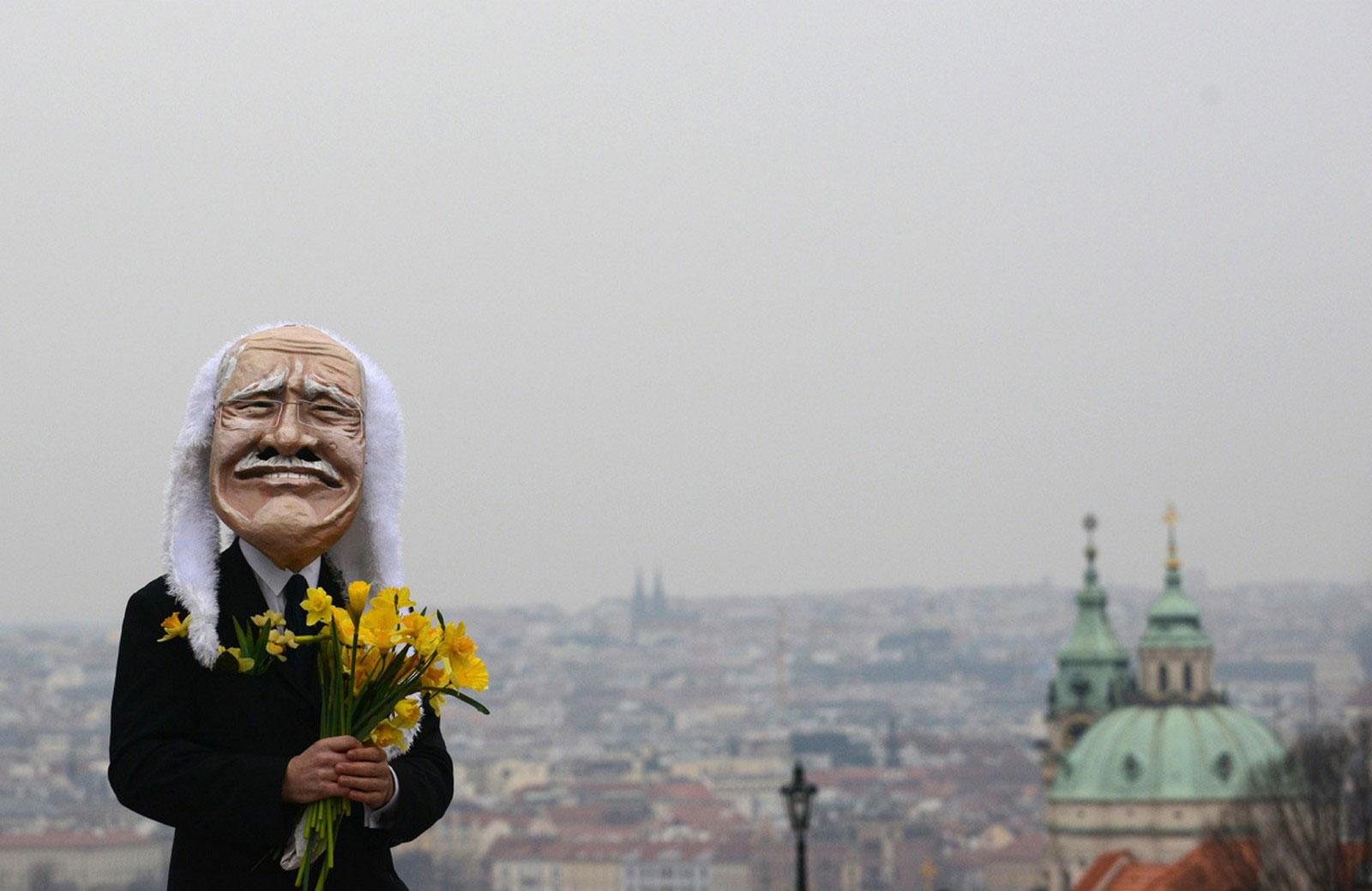маска президента Чехии