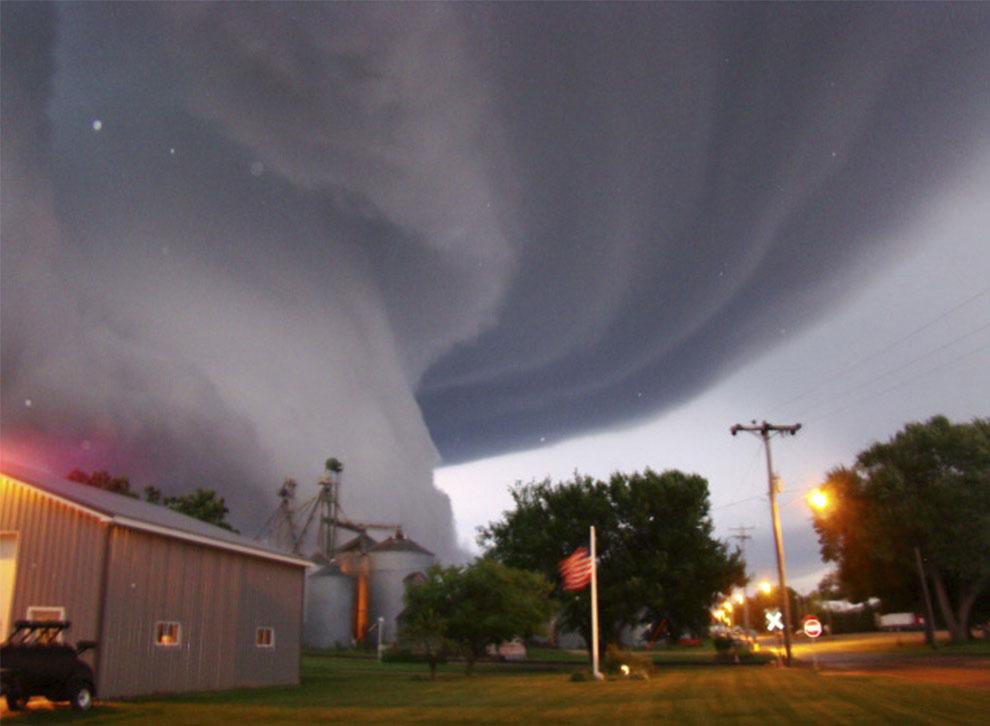 торнадо штат Айова фото