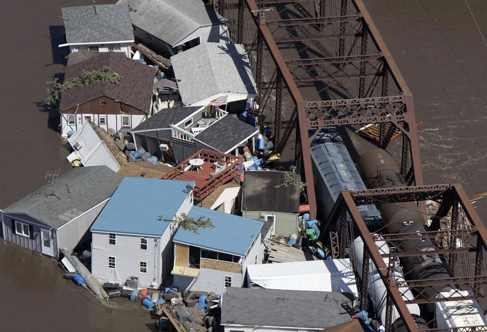 разрушения после наводнения фото
