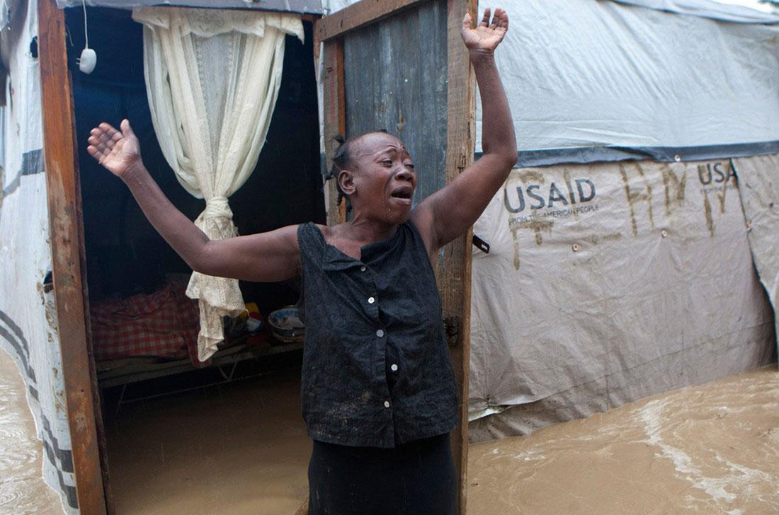 наводнение на Гаити, фото стихийного бедствия в Нью-Йорке