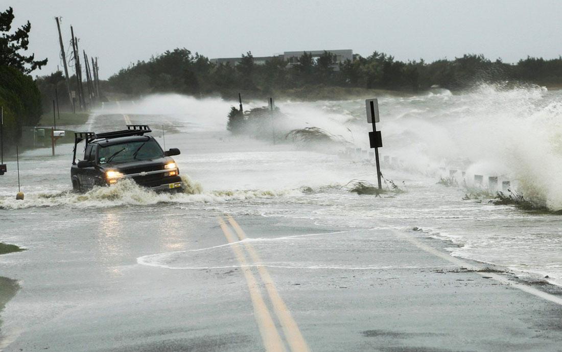водная преграда в Саутгемптон, фото стихийного бедствия в Нью-Йорке