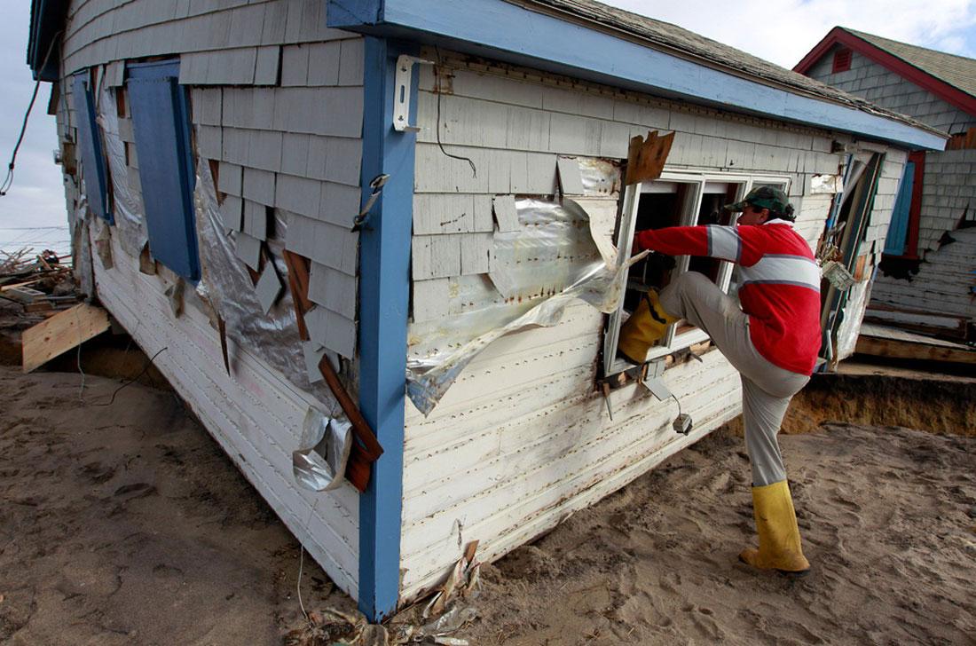 спасение вещей, фото стихийного бедствия в Нью-Йорке