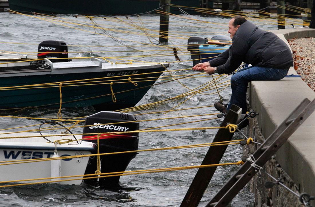 лодки в ожидании шторма, фото стихийного бедствия в Нью-Йорке