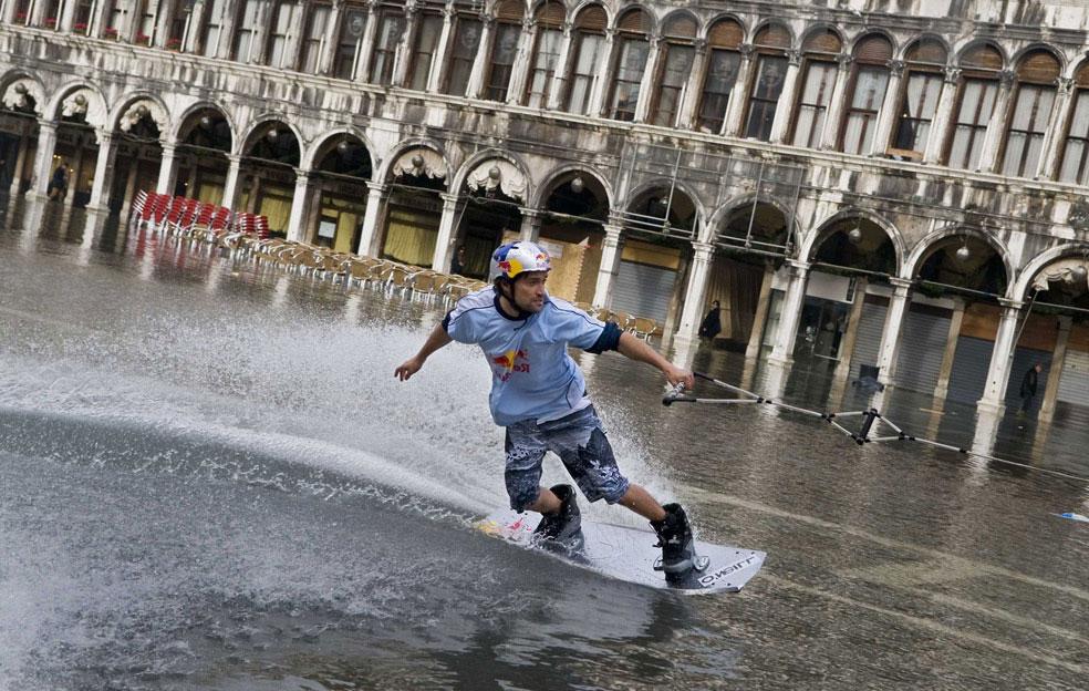 Вейкбординг в Венеции, фото