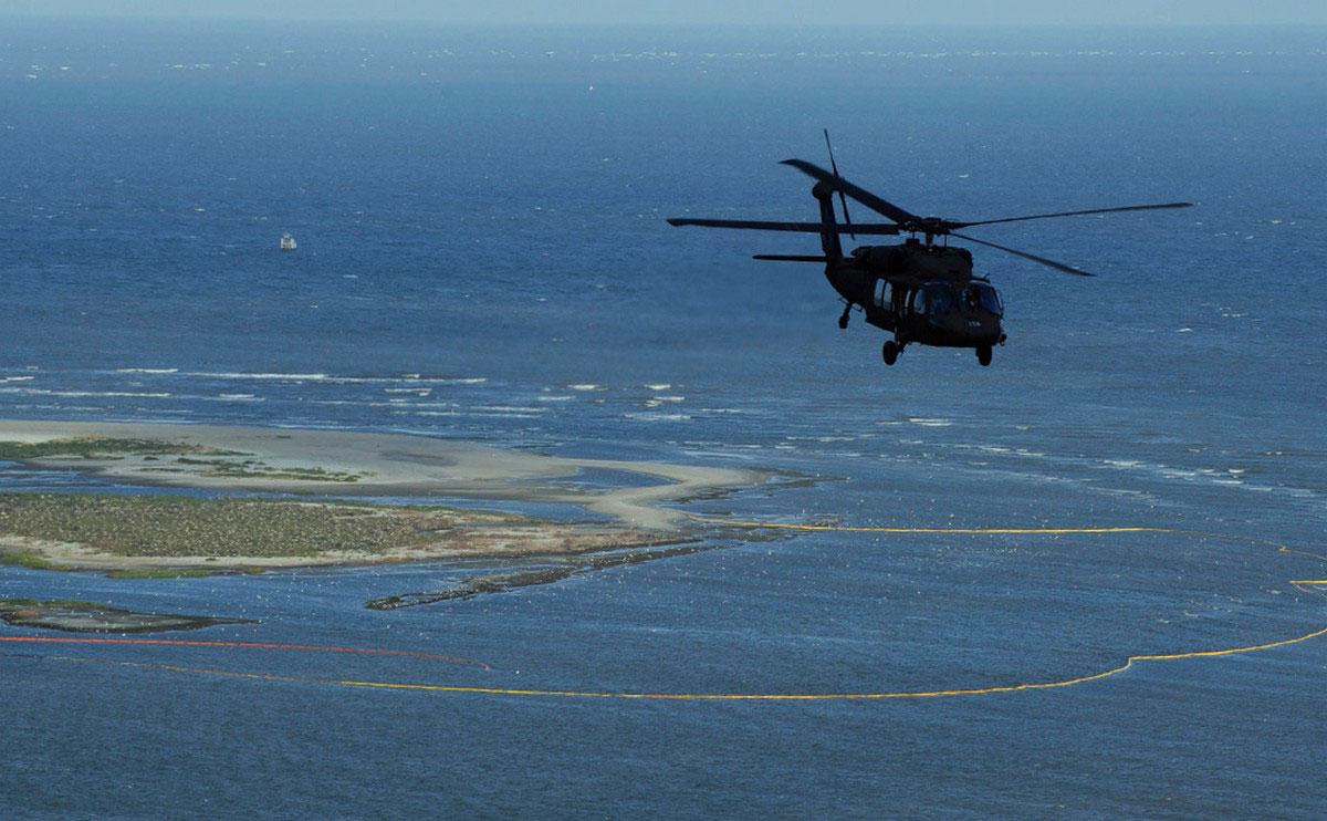 Вертолет национальной гвардии Луизианы