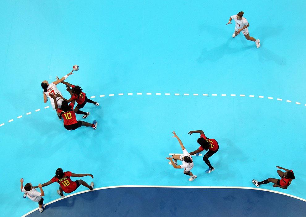 Черногория против Анголы по гандболу на олимпиаде в Англии