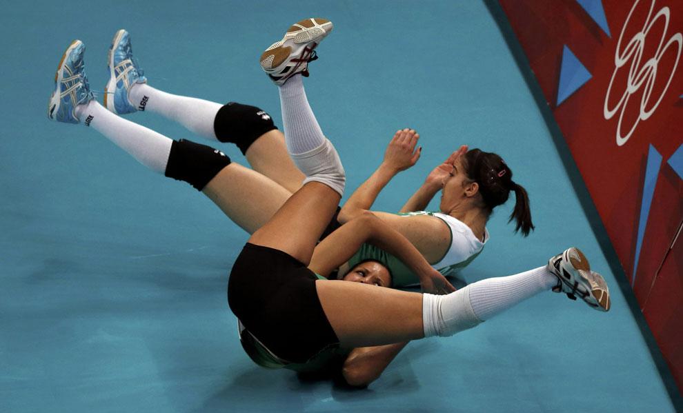 Алжир против России по волейболу в Англии