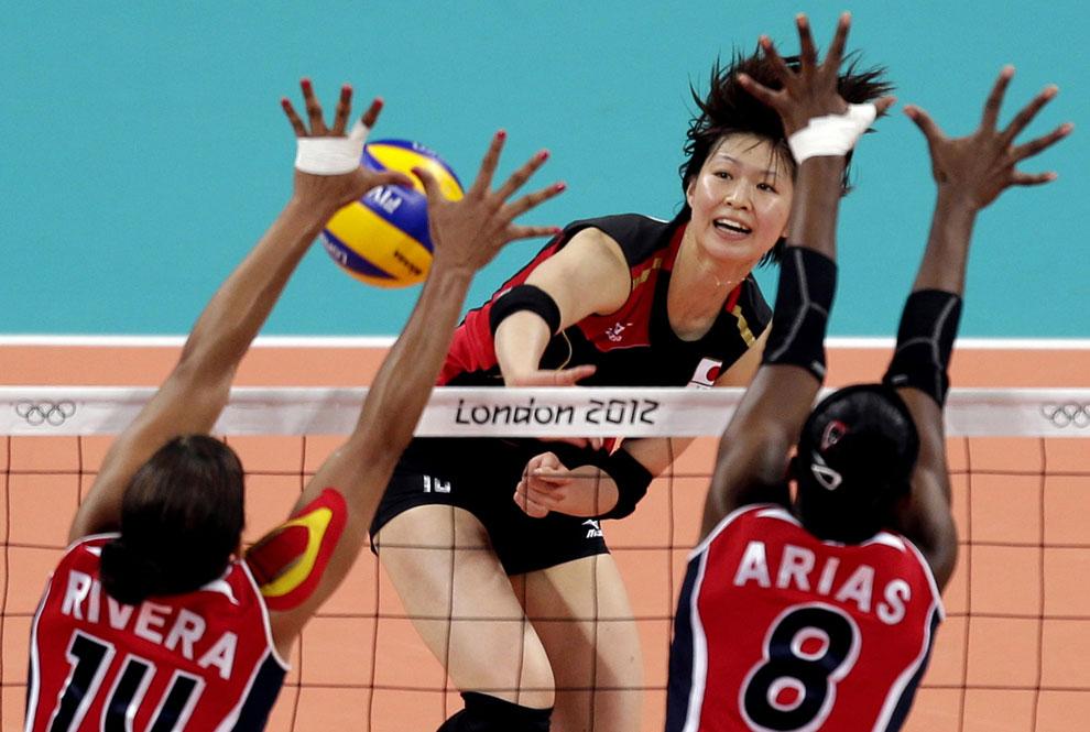 Доминиканская республика и Япония на олимпиаде по волейболу