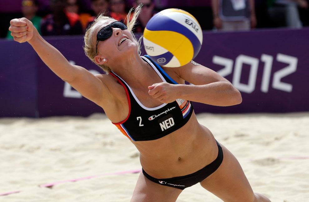 пляжный волейбол в Лондоне, фото